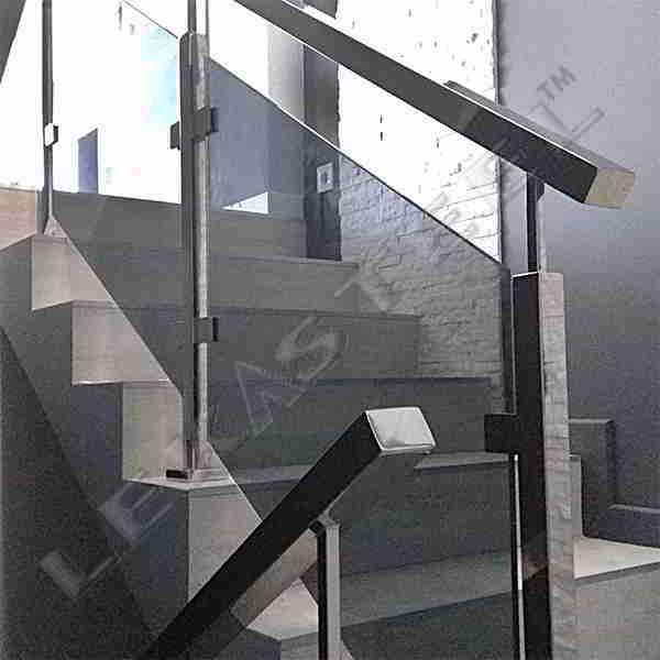 Перила з нержавійки Рівне, перила на сходи, поручні на сходи