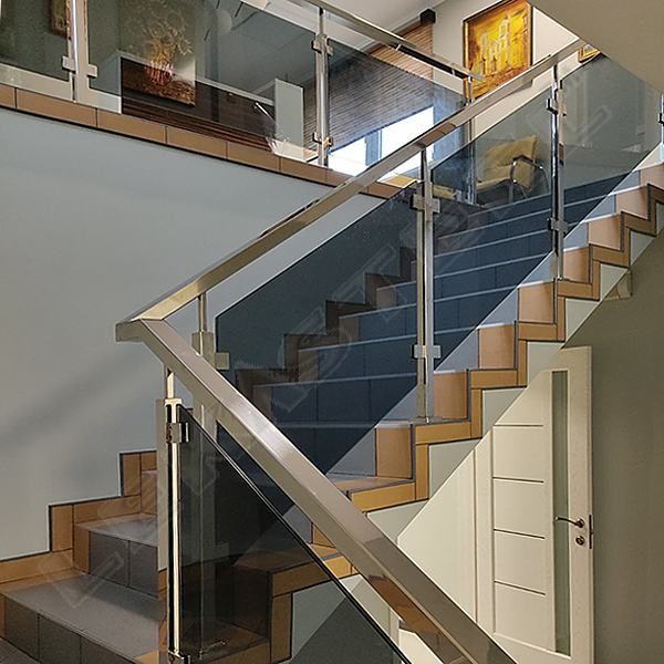 перила, нержавейка стекло, нержавійка скло, перила на сходи