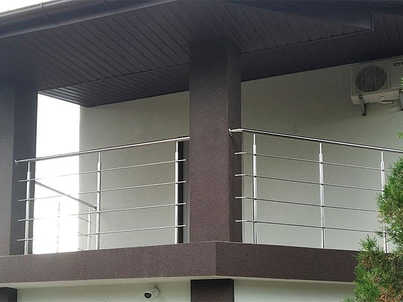 Перила з нержавійки на балкон, Перила из нержавейки на балкон
